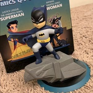 SUPER CUTE! Q-Pop Batman Figure